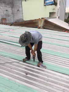 Thợ chống thấm dột mái tôn tại tphcm